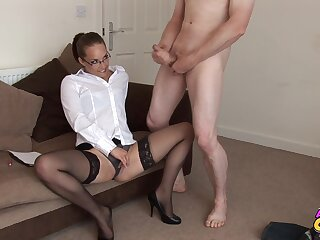 Video be proper of skinny inclusive Jessica Pressley watching a naked dude
