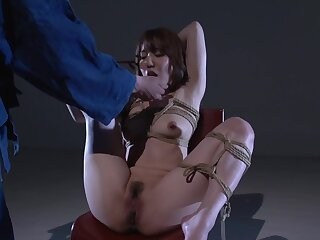 Cablegram bondage for be transferred to adorable Japanese MILF